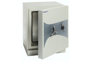 Chubbsafes Data Plus Size 1 Data Safe | SafesStore.co.uk