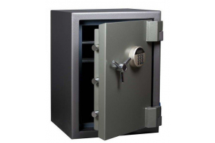 Specialist in Safes. We deliver De Raat SBE 02E free.