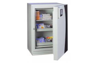 SafesStore.co.uk | Specialist in Safes. We deliver Chubbsafes DataGuard NT Size 120 E free.