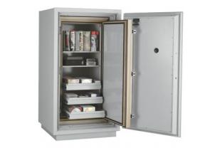 SafesStore.co.uk   Specialist in Safes. We deliver FireKing Datasafe DM 4420-3 free.