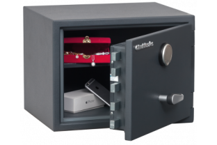 Chubbsafes Senator 1KL - Free Delivery | SafesStore.co.uk